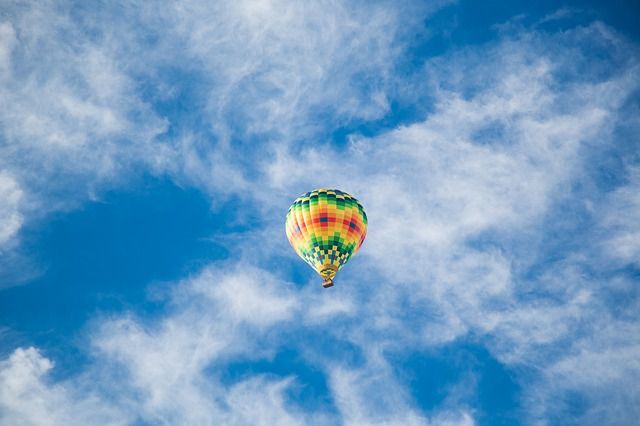 balloonbalance-865819_640